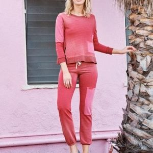 NWOT SUNDRY Patch Faded Hibiscus Sweatshirt